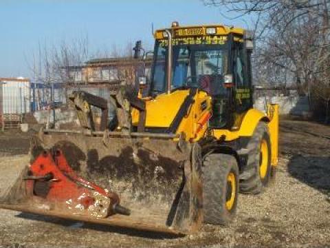 Inchiriere buldoexcavator cu picon JCB 3CX, cupe 300-600 mm