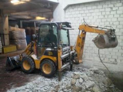 Inchiriere buldoexcavator JCB 1CX cu picon Bucuresti