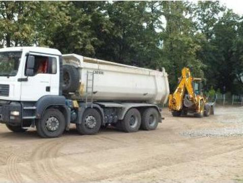 Transport moloz cu autobasculanta de 40 tone