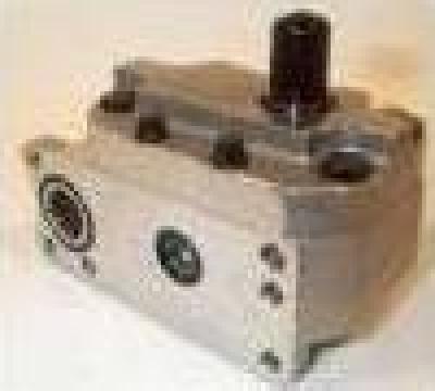 Pompa hidraulica tractoare Case de la Ira Serv Srl