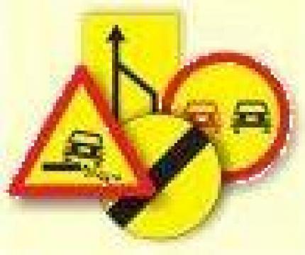 Indicatoare rutiere reflectorizante de la S.c. Drumalex S.r.l.