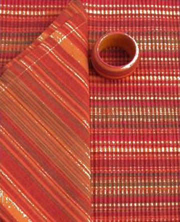 Fata de masa din bumbac 150x150cm dungi rosii de la Basarom Com