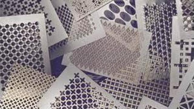 Tabla din otel cu gauri rotunde 0,5 mm