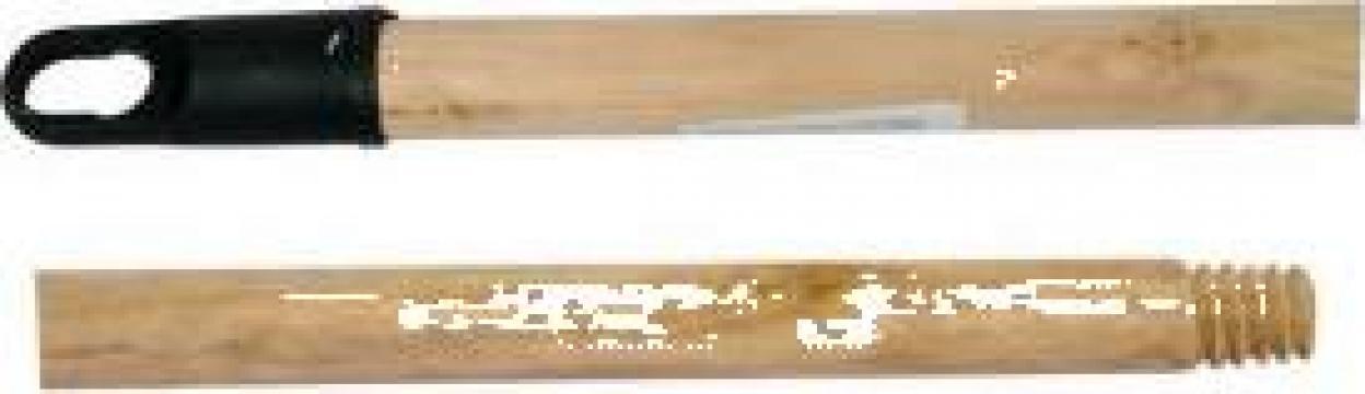Coada din lemn pentru matura / mop 110cm de la Cristian Food Industry Srl.