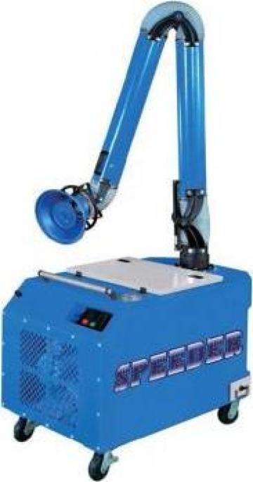 Aspirator pentru fum de sudura FI-800 de la Proma Machinery Srl.
