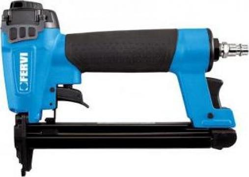 Capsator pneumatic pentru capse 0587 de la Proma Machinery Srl.