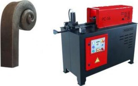 Masina de amprentat la cald varfuri si capete PC16 de la Proma Machinery Srl.