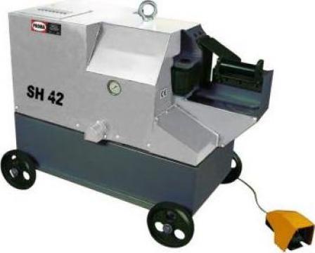 Masini de debitat otel beton cu actionare hidraulica SH36 de la Proma Machinery Srl.