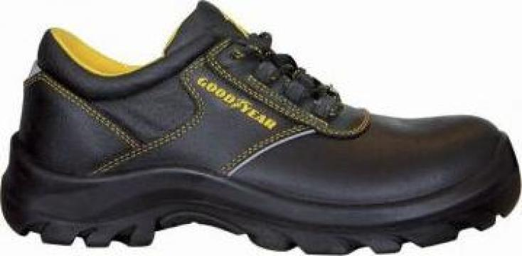 Pantof protectie cu bombeu metalic G8100 de la Proma Machinery Srl.