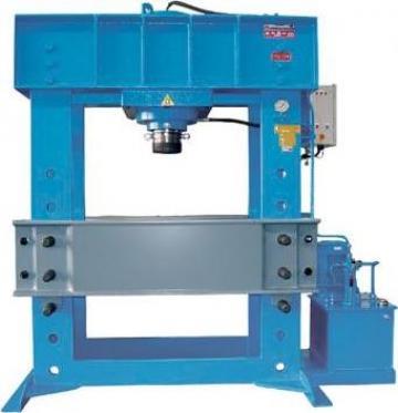 Presa hidraulica pentru atelier mecanice HD 400 de la Proma Machinery Srl.