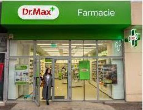 Mobilier si fatade farmacii Dr Max de la Landscape
