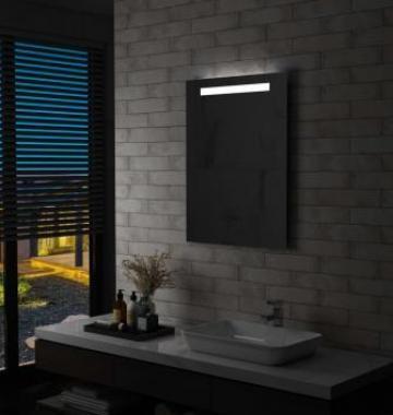 Oglinda cu LED de perete de baie, 60 x 80 cm de la Vidaxl