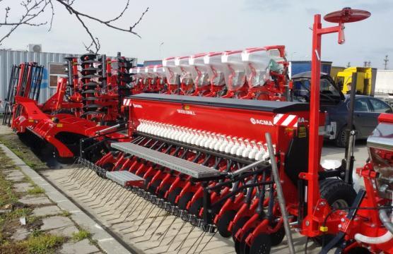 Semanatoare Agricoltura G, Italia - 4 m, 31 randuri de la Romagrotehnica Srl.