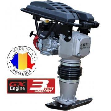 Mai compactor Batmatic CV 75 H , motor OHV Honda de la Tehno Center Int Srl
