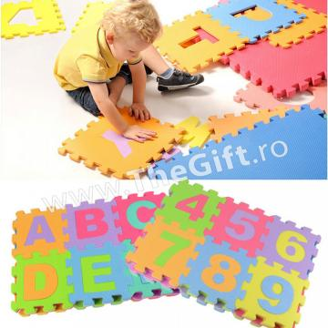 Jucarie covor Puzzle litere, cifre sau figurine