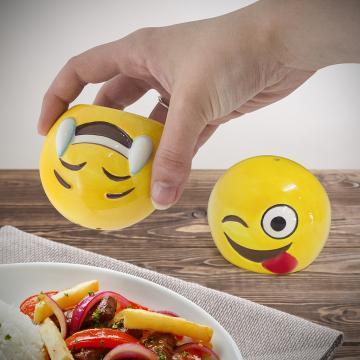 Set solnite sare si piper Emoji de la Plasma Trade Srl (happymax.ro)