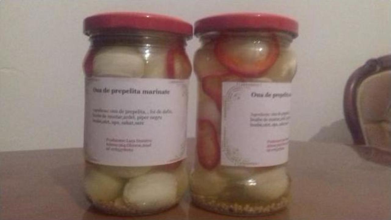 Conserva oua de prepelita marinate