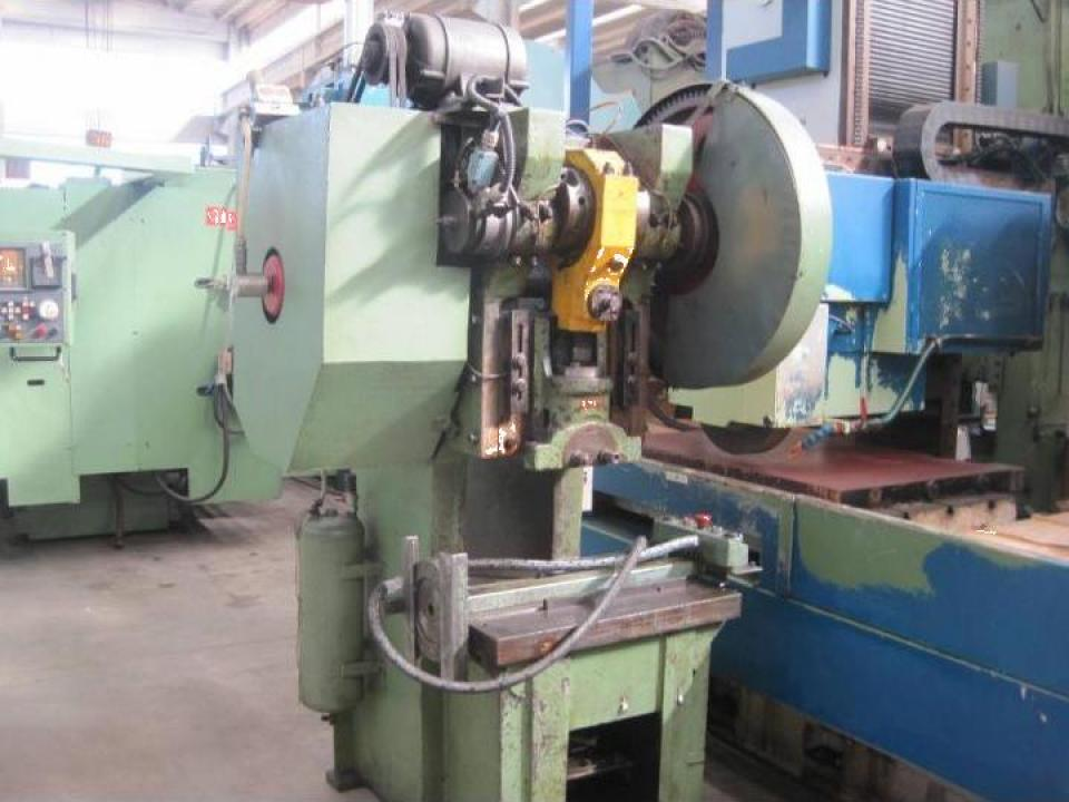 Presa mecanica cu excentric second hand Colombo 40 Tf